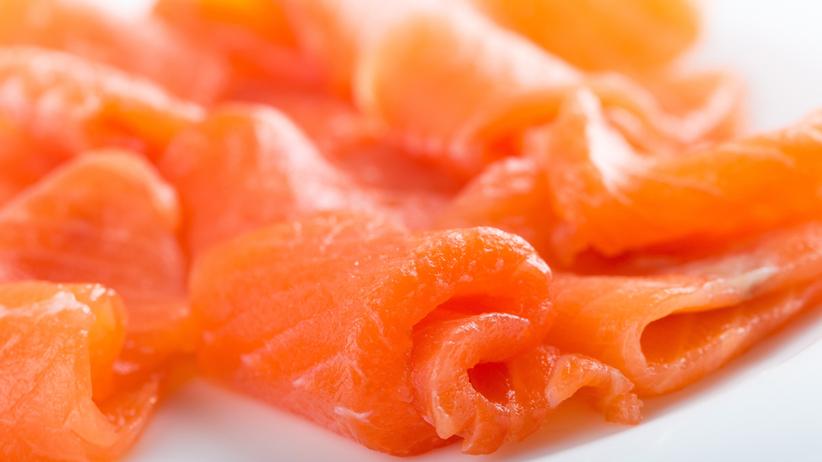 Listerioza. Cztery osoby zmarły po spożyciu produktów z łososia z Polski