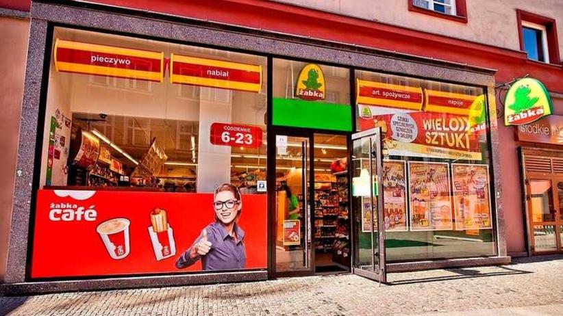 W Żabce zrobisz nie tylko zakupy. Ta oferta zadowoli klientów!