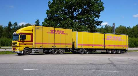 Poznań: strajk pracowników DHL. Będą opóźnienia w dowozie paczek?