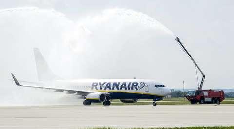 Ryanair z nową polityką bagażową. Zmiany wejdą w życie z opóźnieniem
