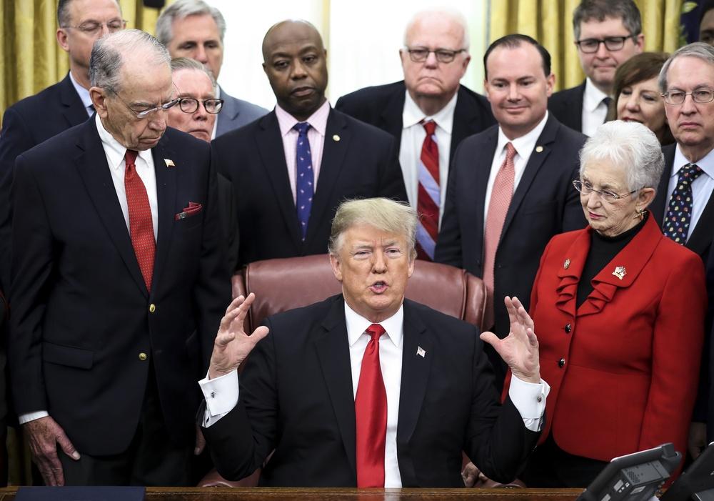 Nieprzewidywalny Donald Trump