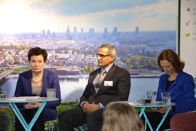 Saidali Aszurow podczas spotkanie z byłą prezydent Warszawy w Centrum Wielokulturowym