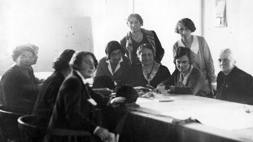 """""""Społeczna rewolucja"""". 100 lat praw wyborczych kobiet w Polsce"""