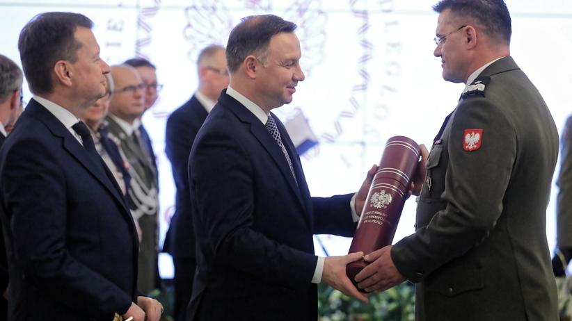 100-lecie niepodległości. Prezydent Andrzej Duda wręczył nominacje generalskie