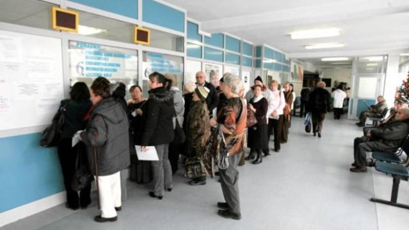 NFZ dostanie prawie 3 mld zł na skrócenie kolejek do lekarza