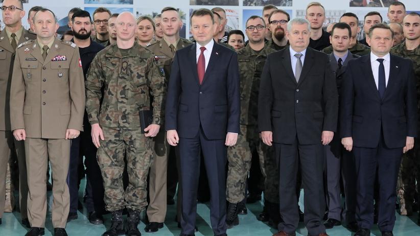 Trzy lata rządów PiS. Szef MON: wojsko priorytetem