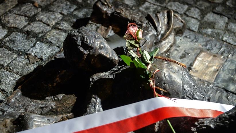 Warszawa: Apel poległych w 36. rocznicę wprowadzenia stanu wojennego