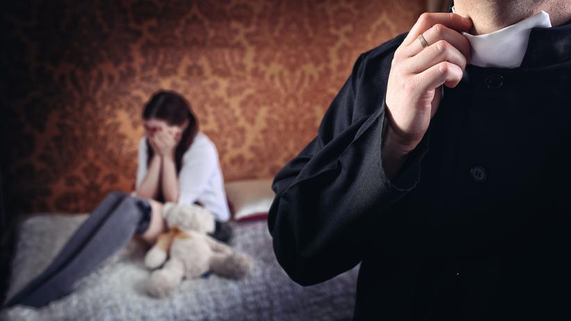 Sondaż. Polacy zabrali głos w sprawie pedofilii w Kościele