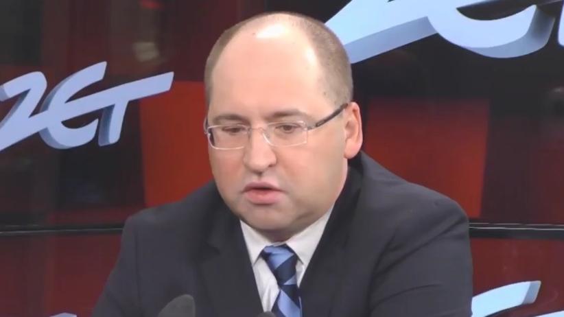 Adam Bielan: zarabiam na rękę około 10 tysięcy, ale gdyby żona...