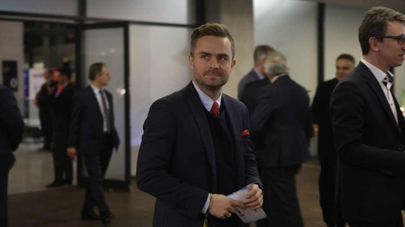 Adam Hofman: sytuacja z Tuskiem przypomina corridę