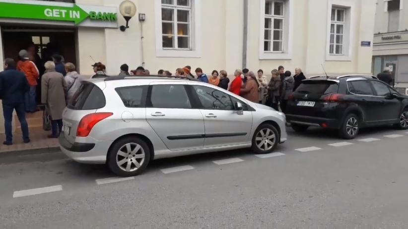 Afera KNF. Długie kolejki przed placówkami Getin Banku