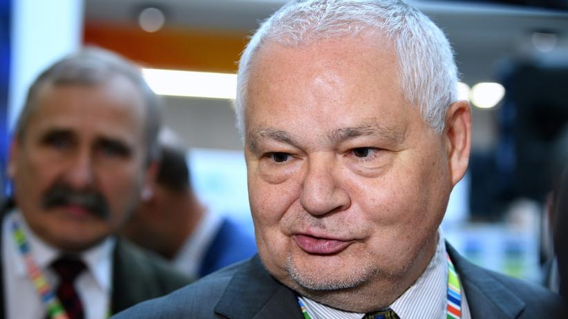 Afera KNF. Prezes NBP Adam Glapiński chwalił byłego szefa KNF