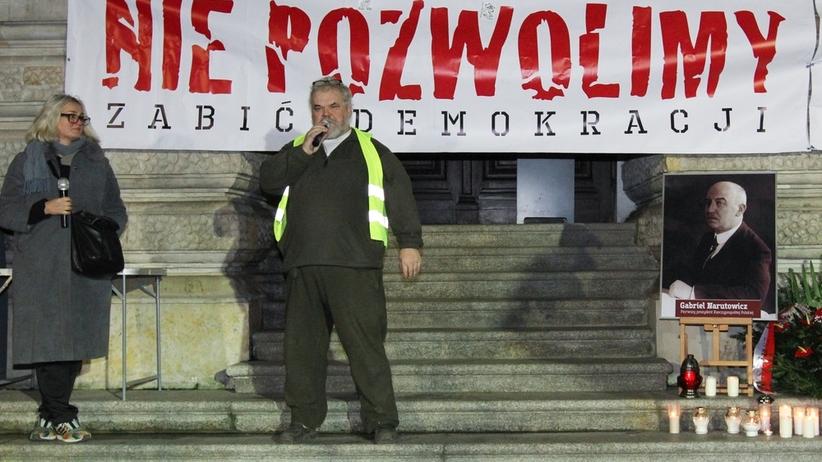 Aktywista Maciej Bajkowski z OSA został pobity pod Sejmem