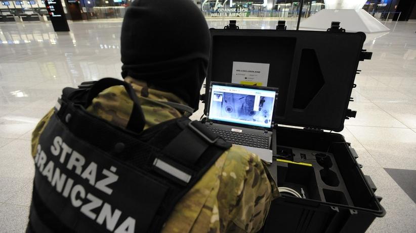 Alarm bombowy na polskich lotniskach. Przeszukano 8 samolotów