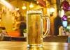 Z jakim politykiem Polacy poszliby na piwo? Kukiz zdetronizowany! Liderem... [SONDAŻ]