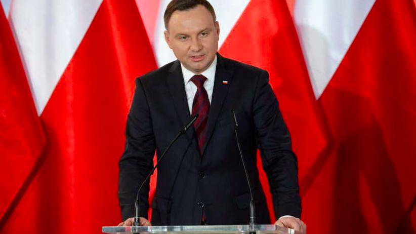 Andrzej Duda po rozmowie z Macronem: Liczę na reset w stosunkach polsko-francuskich