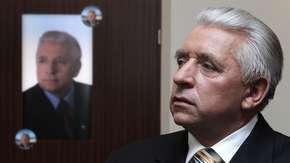 Nowy dokument prokuratury ws. śmierci Leppera. Izdebski: To decyzja polityczna
