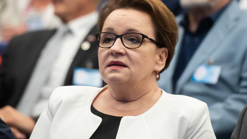 Anna Zalewska odejdzie z rządu? Jest nazwisko następcy