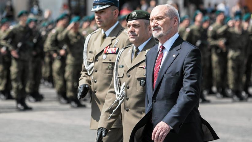 Macierewicz: polska armia w ciągu 10 lat uzyska zdolność powstrzymania każdego przeciwnika