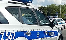 Atak nożownika w centrum Warszawy. Ranny policjant
