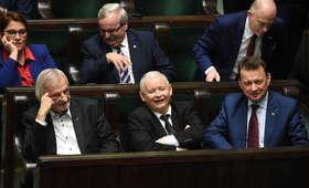 Dlaczego Polacy głosują na PiS? Najnowsze badanie CBOS