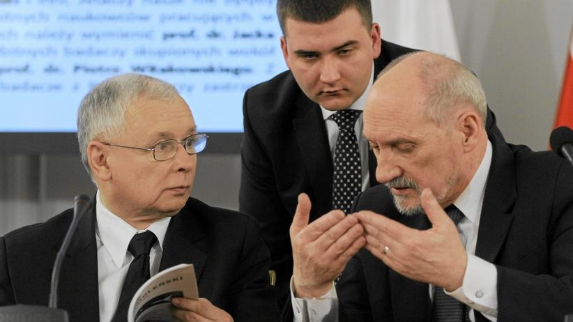 Bartłomiej Misiewicz zawieszony w prawach członka PiS - ostra zapowiedź Kaczyńskiego