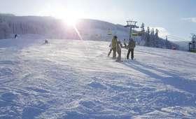 Startują ferie. Doskonałe warunki narciarskie w Beskidach!