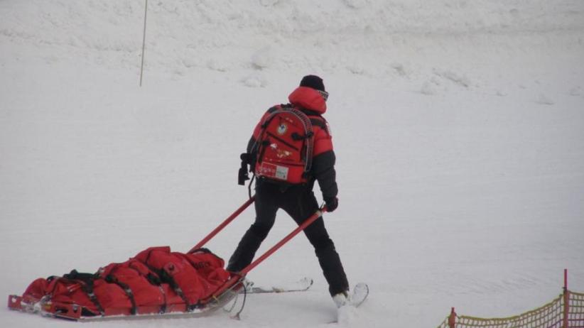 Dramat na stoku narciarskim. 6-letnie dziecko ma połamane kończyny