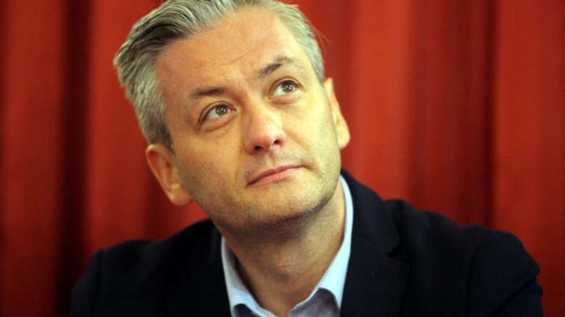 """Biedroń wystartuje w eurowyborach. Ale mandatu nie przyjmie. """"Muszę mieć pewność, że moja drużyna się tam znajdzie"""""""