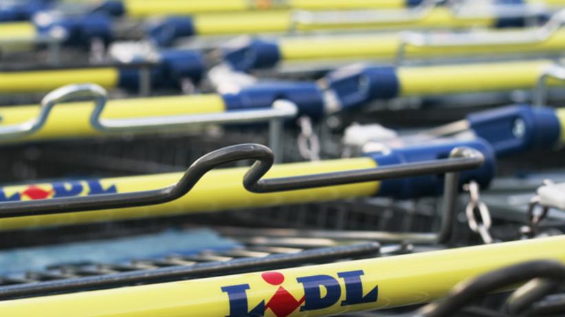 Zakupy w Biedronce i Lidlu z dostawą do domu? Teraz to możliwe