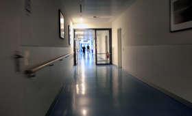 Biopsja u dzieci bez znieczulenia: Rzeźnia, jakby je mordowali