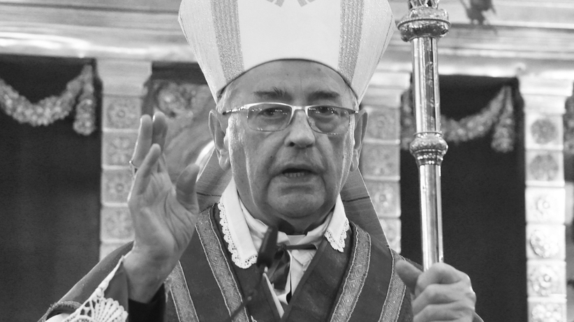Biskup Tadeusz Pieronek nie żyje. Dzwon Zygmunta będzie bił w hołdzie
