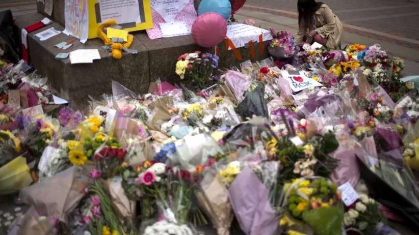 Zamachowiec z Manchesteru był znany służbom. Obserwowano go na długo przed koncertem