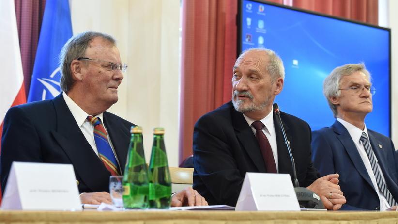 Komisja Smoleńska Antoniego Macierewicza