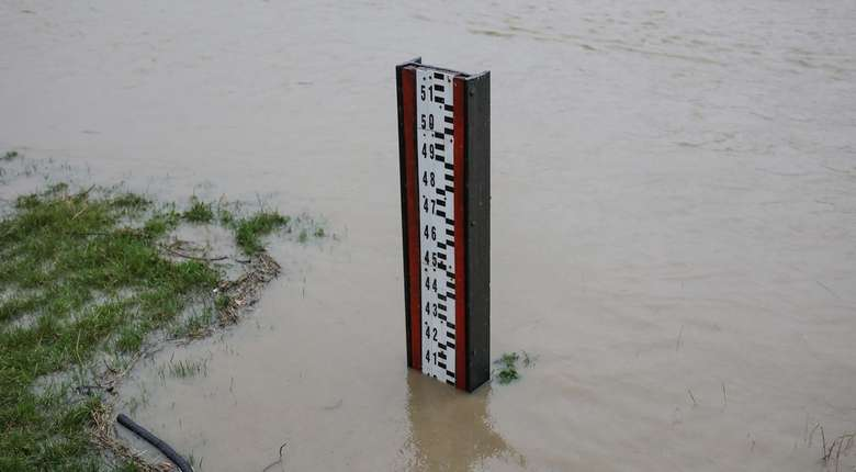 Ostrzeżenie dla 6 województw. Podnosi się poziom wód w rzekach