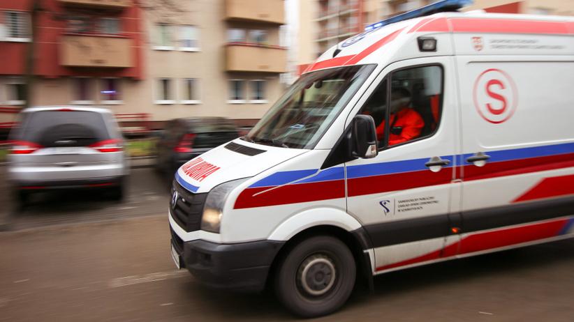 Bydgoszcz. Napad na ratowników medycznych. Sprawca mierzył do nich z pistoletu