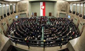 CBOS: 38 proc. zwolenników rządu, 31 proc. - przeciwników