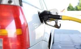 Dobre wieści dla kierowców. Na stacjach spadki cen paliw