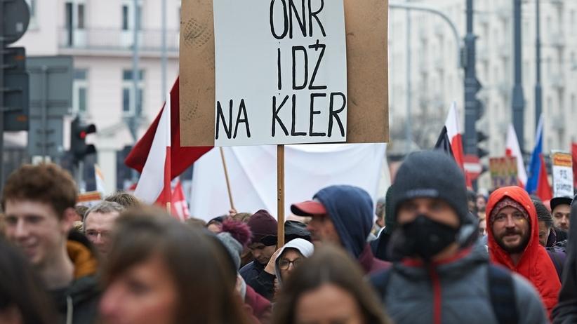 """""""Za wolność wasza i naszą"""". Demonstracja antyfaszystowska na ulicach Warszawy"""