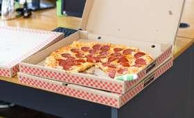 Diler zatrudnił się jako dostawca pizzy. Rozwoził jedzenie i twarde narkotyki