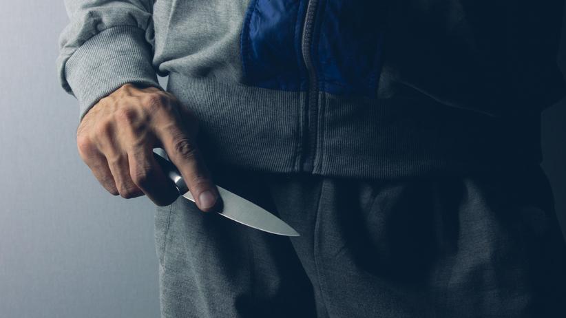 Atak nożownika w szpitalu w Świdnicy. 84-letni napastnik ma psychozę