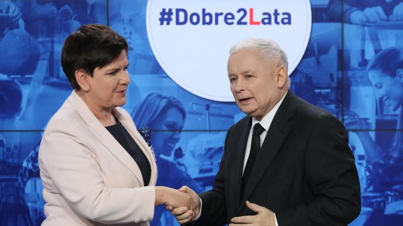 Dwa lata rządów PiS. Konferencja Jarosława Kaczyńskiego i Beaty Szydło [WIDEO]