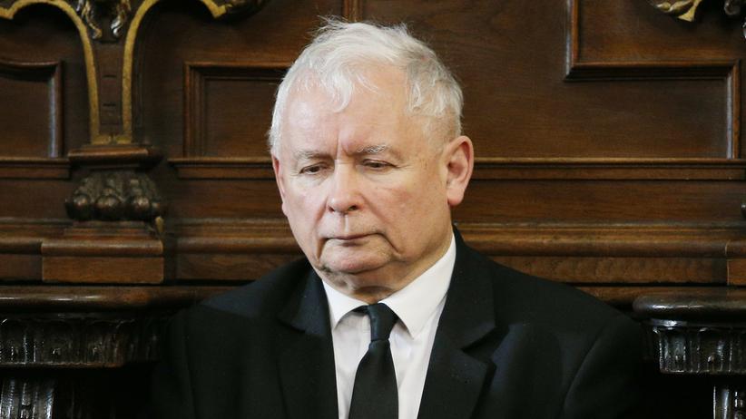 """""""Fakt"""": Jarosław Kaczyński wrócił do szpitala"""