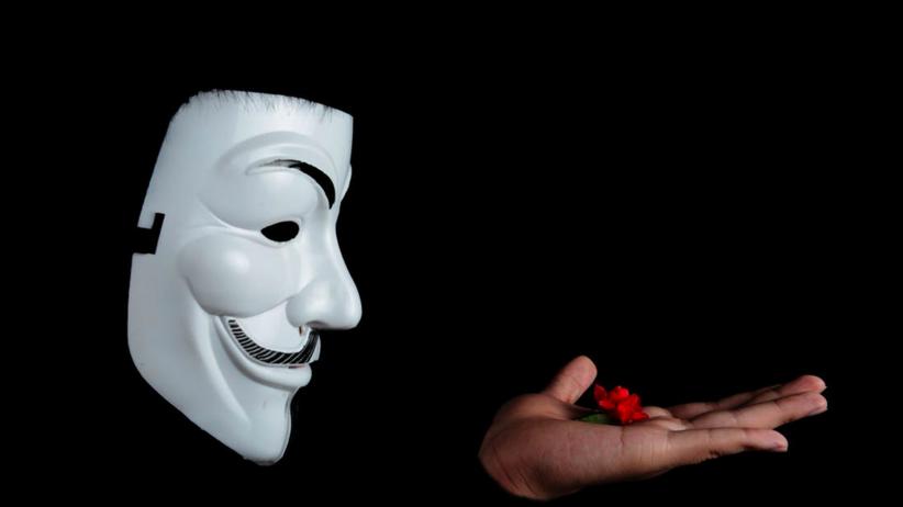 Ktoś podszywa się pod mBank i rozsyła klientom wiadomości z wirusem