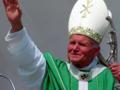 Burza wokół pomnika Jana Pawła II. Stanowcza reakcja Beaty Szydło
