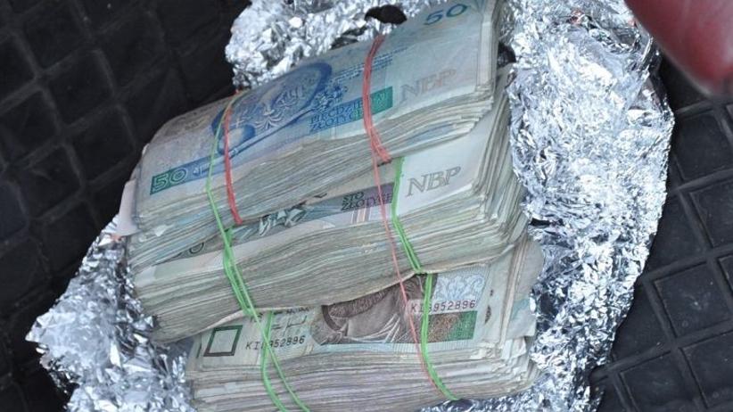 Gang emerytów przywłaszczył sobie 6 mln złotych. Najstarsi oszuści w Polsce