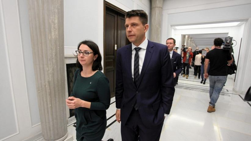Nikt nie ma odwagi stanąć w szranki z Petru? Gasiuk-Pihowicz i Pudłowski zrezygnowali z kandydowania na szefa Nowoczesnej