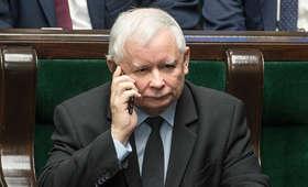 """Ksiądz od """"koperty Kaczyńskiego"""" znowu zniknął. Zwolnił się z pracy i ślad po nim zaginął"""