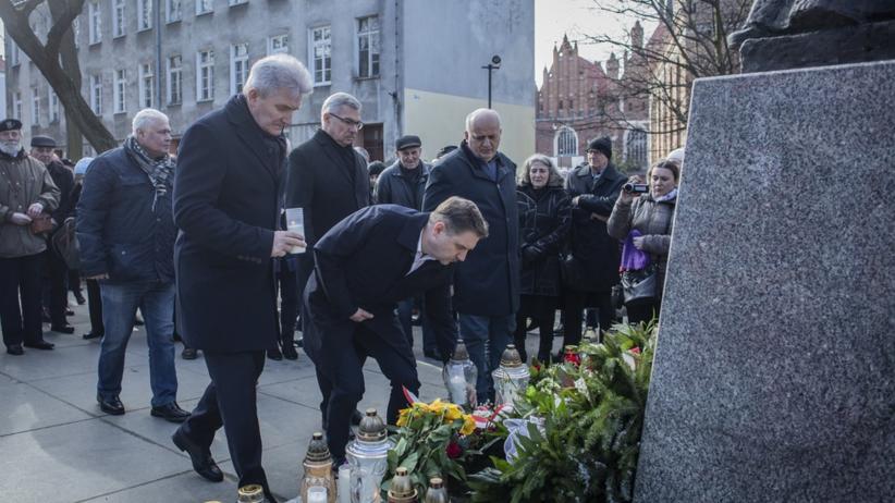 Msza w intencji księdza Jankowskiego. W kościele św. Brygidy Piotr Duda i politycy PiS