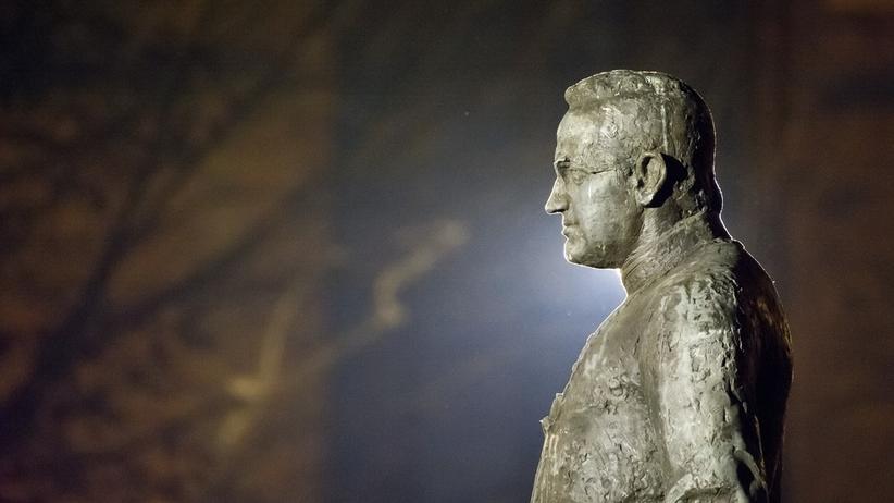 Pomnik ks. Jankowskiego do rozbiórki. Jest decyzja Rady Miasta Gdańska